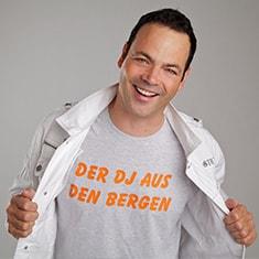 Marco Mzee - Der DJ aus den Bergen Jetzt buchen!